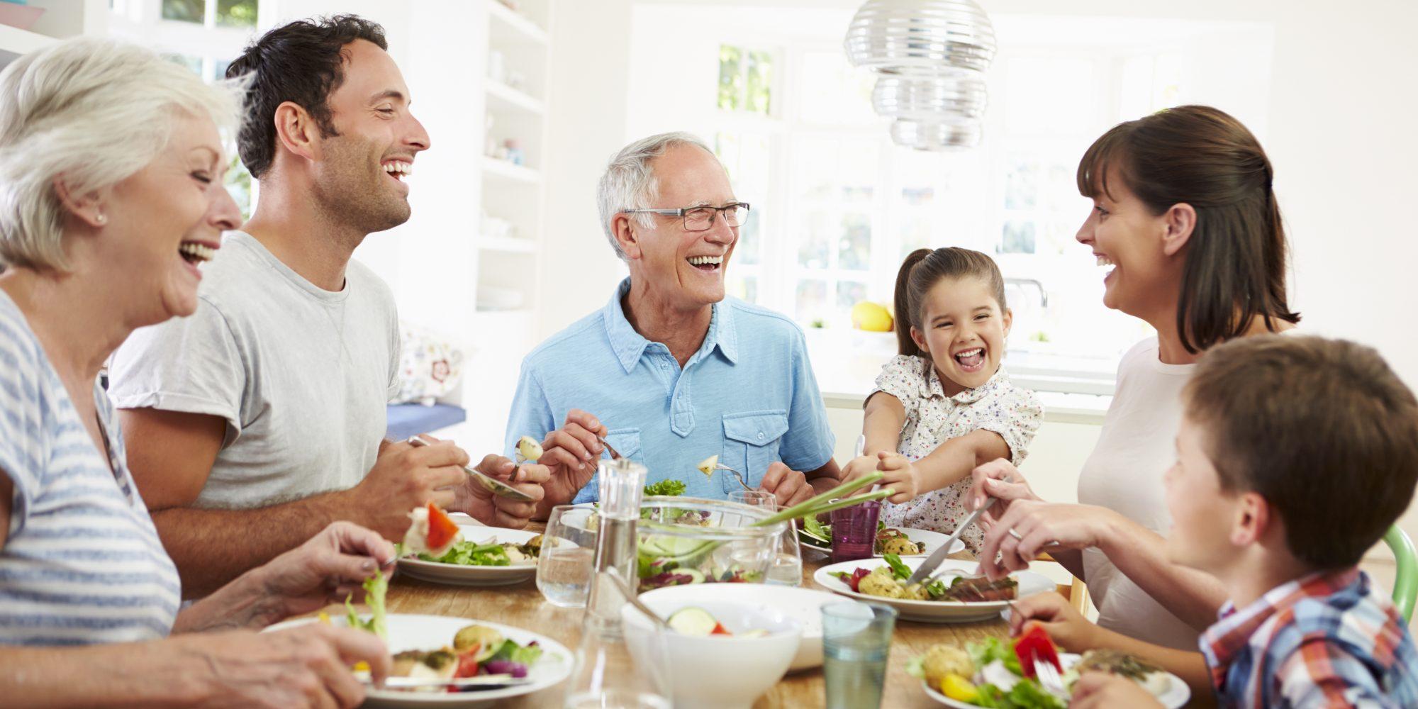 À table en famille !